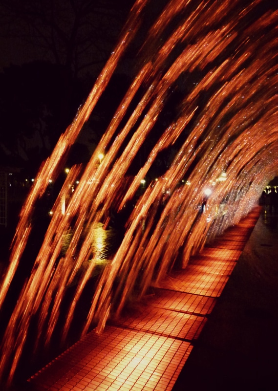 parque_de_los_aguas_lima_peru_wasser_fontänen_lichter_show_spaß