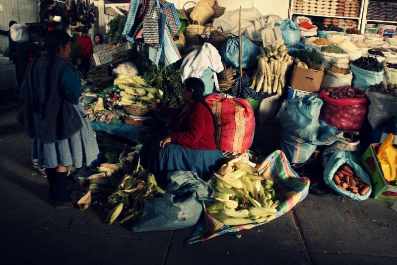 san pedro markt cusco mais