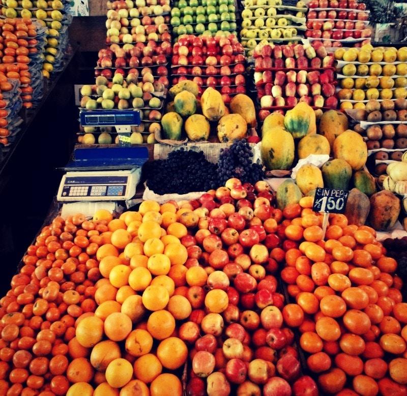 arequipa_markt_san_camilo_tour_obst_einkauf_reise_peru