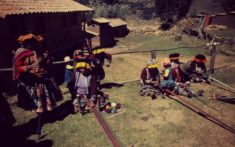 kommunaler_tourismus_quechua_indianer_hochland_peru_inka_textilprojekt