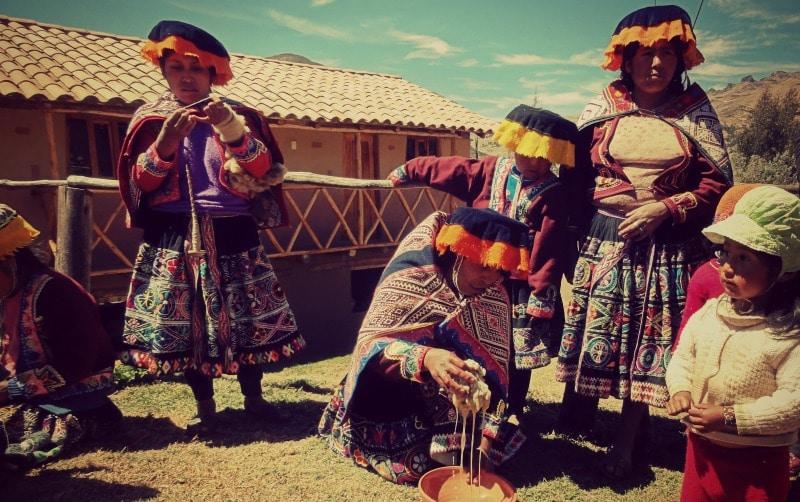 la_tierra_de_los_yachaqs_sozialprojekt_kommunaler_tourismus_cusco_anden