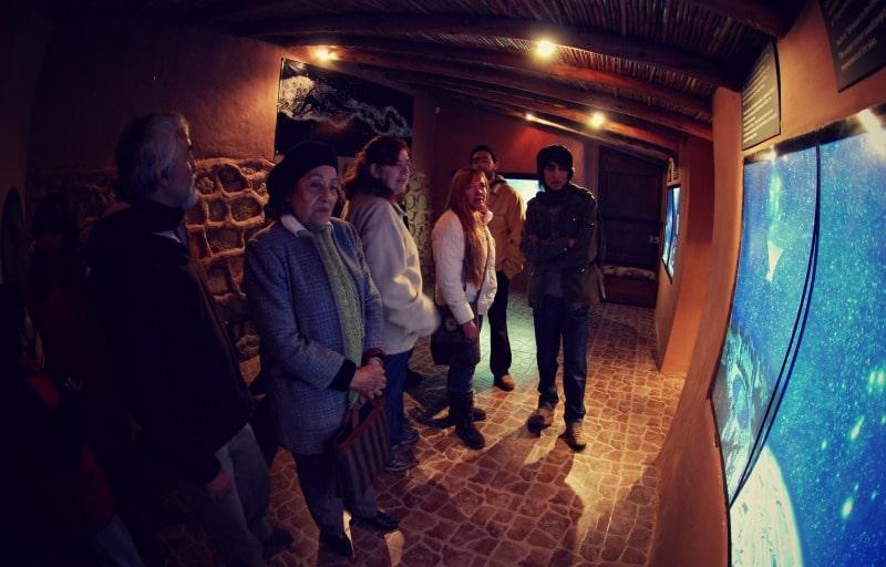 planetarium_cusco_peru_sternen_himmel_beobachten_astronomie_cruz_del_sur_inka_legende_sternzeichen_cusco_teleskop_zentrum