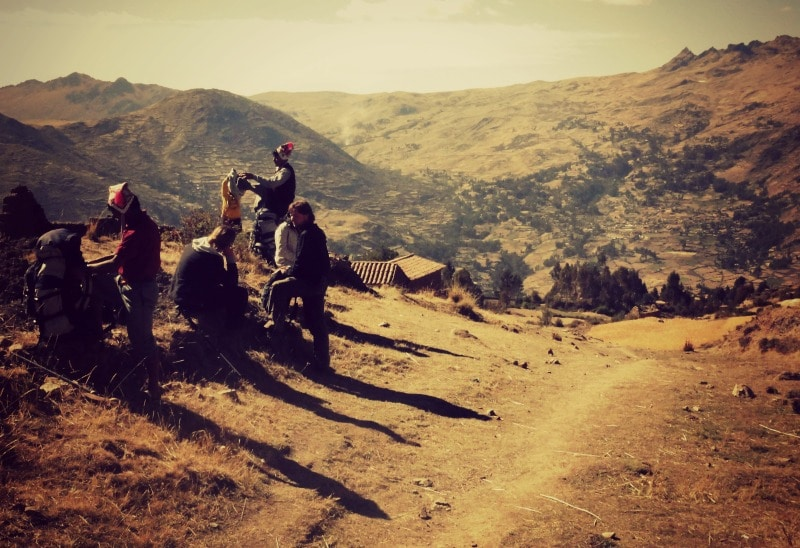 sozialprojekt_kommunaler_tourismus_andenhochland_peru_quechua_indianer_textilien_schafswolle_wanderung_trekking