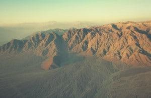 flug_über_die_nazca_nasca_linien_in_peru_küste_panamericana_tour_überflug_gefährlich_sicherheit_flugzeuge_maschinen_berge