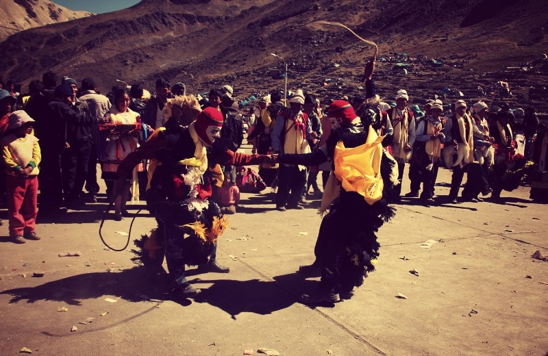 qoyllur_riti_vilcanota_peru_cusco_tinki_ausangate_schneesternfest_festival_glaube_religion_spiritualität_anden_völker_inka_kommunen