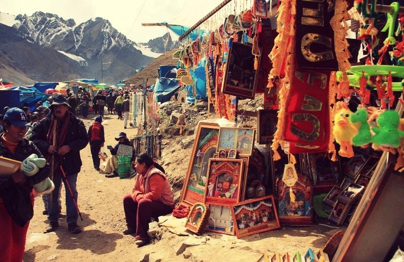 qoyllur_riti_vilcanota_peru_cusco_tinki_ausangate_schneesternfest_festival_glaube_religion_spiritualität_anden_völker_inka_kommunen_kaufen