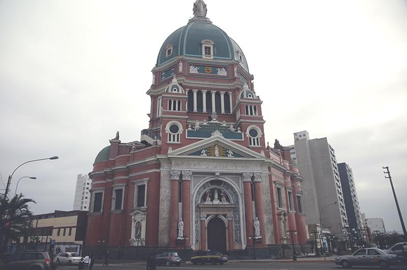 Lima_magdalena_viertel_tour_costa_verde_peru_malecon_laufen_kirche_küste