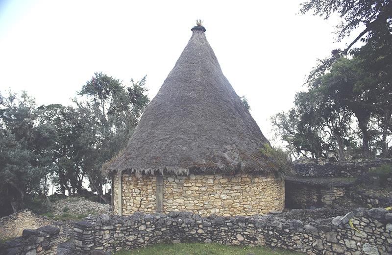 chachapoyas_kuelap_nordperu_peru_norden_reisen_tour_landschaft_ruinen_präinka_natur_haus_200