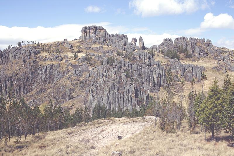 cumbemayo_felsen_cajamarca_natur_geschichte_kultur_norden_peru_formation_reisen_tour_200
