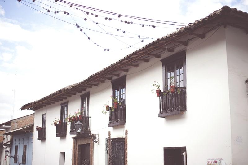 gebäude_haus_cajamarca_natur_geschichte_kultur_norden_peru_formation_reisen_tour_200