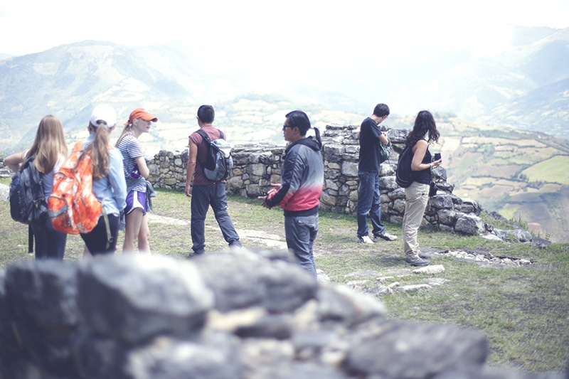 kuelap_chachapoyas_norden_peru_tour_guide_festung_spirituelles_zentrum_tourismus_nordperu