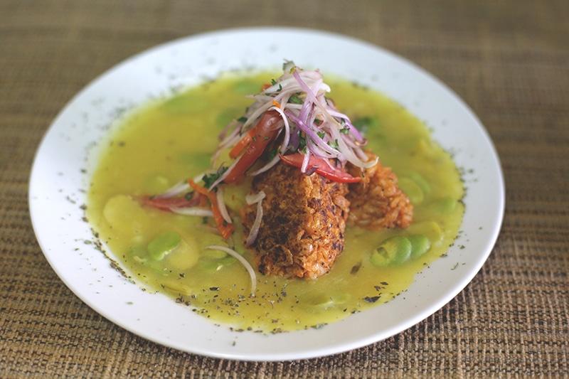 vegetarisches_restaurant_green_point_veganes_essen_salat_gesund_essen_reisen_hauptspeise_menu