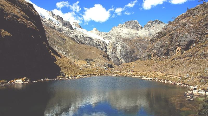 trekking_huaraz_lago_69_wanderung_tour_llanganuco_berge_landschaft_see_lagune