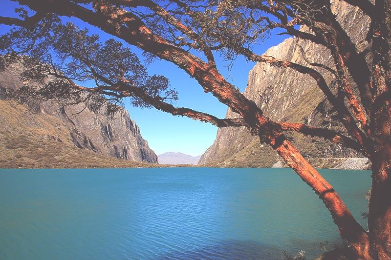 trekking_huaraz_lago_69_wanderung_tour_llanganuco_berge_landschaft_see_türkis_blau_reisen