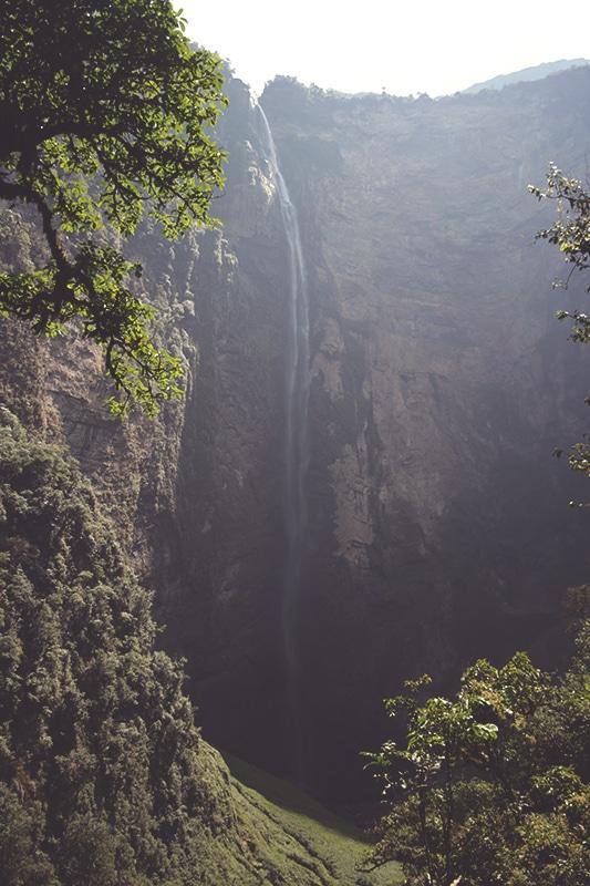 wanderung_trekking_zum_wasserfall_gocta_peru_norden_tour_chachapoyas_reisen_regenwald_pfad