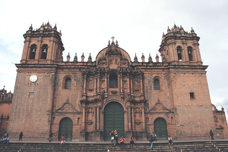 cusco_kathedrale_city_tour_anden_peru_südamerika_rundreise_inka_machu_picchu_touren