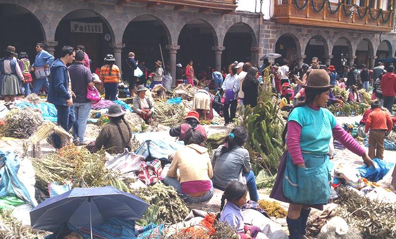 wie feiert_man_weihnachten_in_peru_cusco_anden_südamerika_traditionen_feste_heiligabend