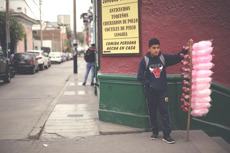 zuckerwatte_peru_lima_zucker_süßigkeiten_süßspeisen_que_rico_straßenessen_streetfood