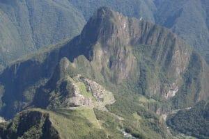panorama_montan%cc%83a_machu_picchu_hausberg_mountain_huayna_picchu_aufstieg_eintritt