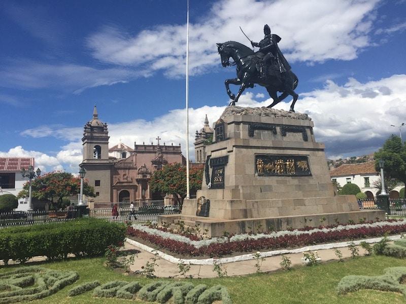 Der Hauptplatz von Ayacucho