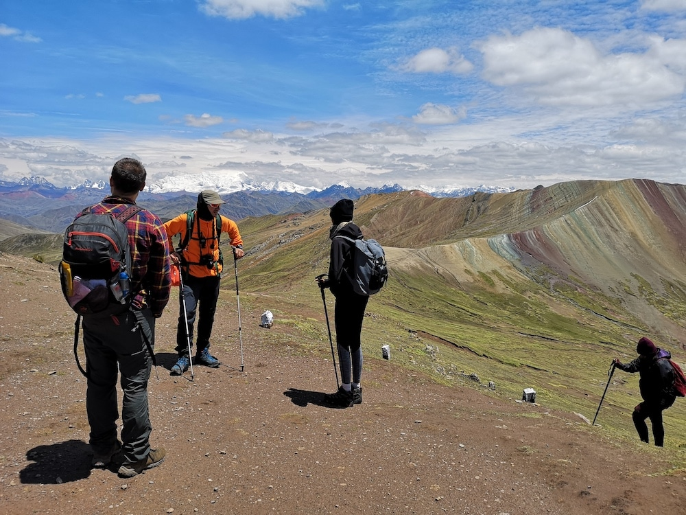 Alternative Rainbow Mountain Tour
