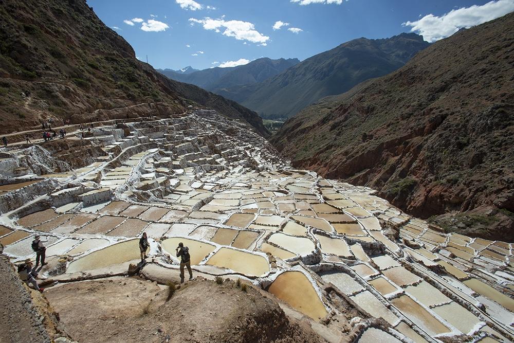 Bis heute wird in Maras traditionell Salz abgebaut